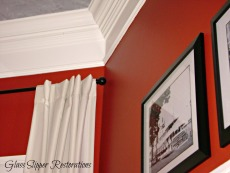 Corner of bay Crown Moulding
