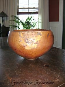 Mesquite hand lathe bowl